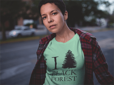 bollengut_I-love-black-forest_Frau_gruen