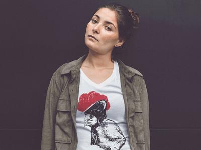Schwarzwald T-Shirt: Küken mit Bollenhut
