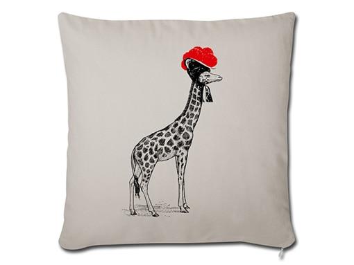 Schwarzwald Kissen: Giraffe mit Bollenhut