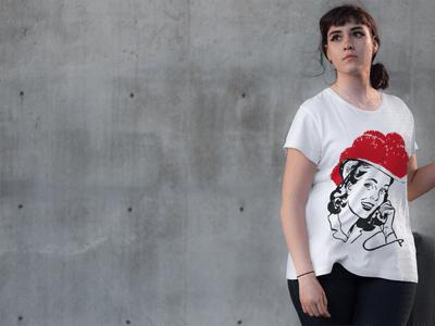 Schwarzwald T-Shirt: Schwarzwaldmädle am Telefon