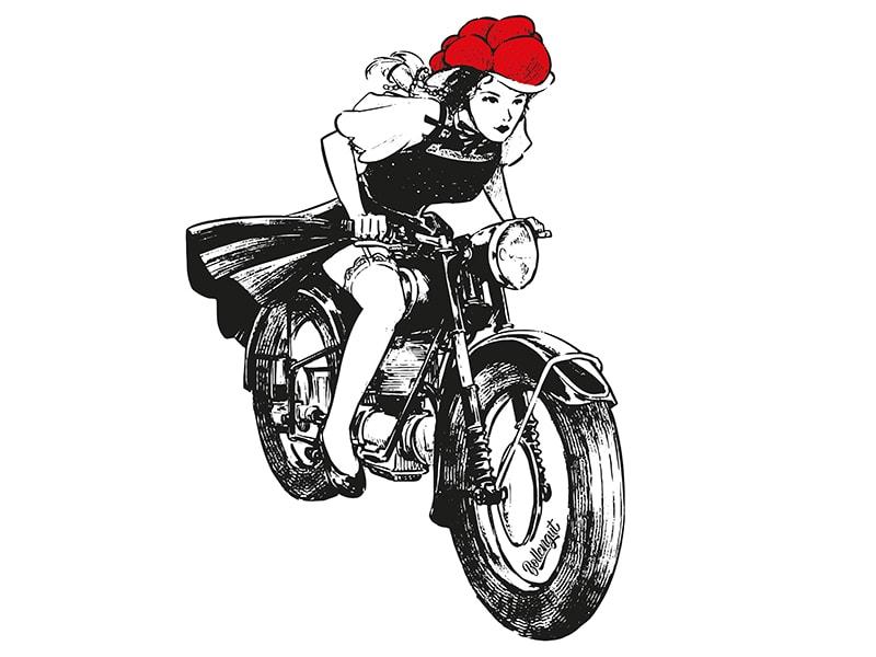 Bollengut_Schwarzwaldmaedel_Linda_auf_Motorrad